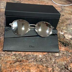 DIOR Mirrored Sunglasses!